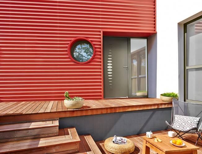 Bel 39 m propose la porte d 39 entr e alu contemporaine petit for Porte de garage bel m
