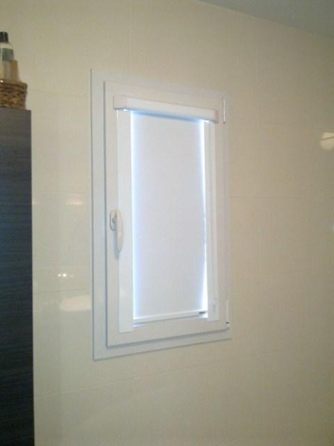 le store mariton enrouleur vitrolles installateur. Black Bedroom Furniture Sets. Home Design Ideas