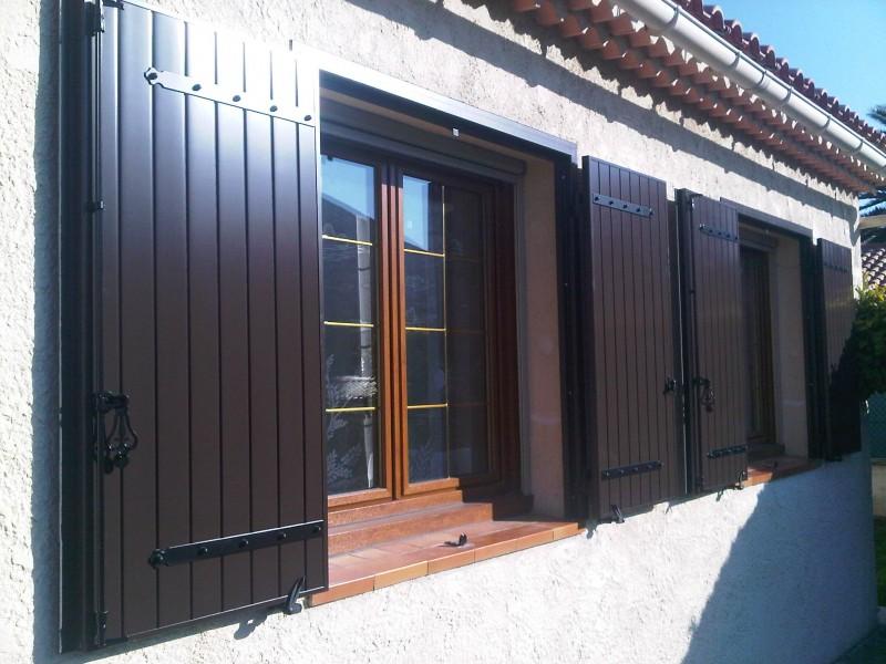 Rénovation volets battant en aluminium marron MARIGNANE - Installateur fenêtres Grosfillex ...