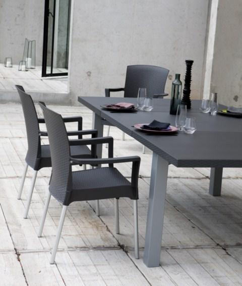 table de jardin pvc grosfillex modele ineo installateur. Black Bedroom Furniture Sets. Home Design Ideas
