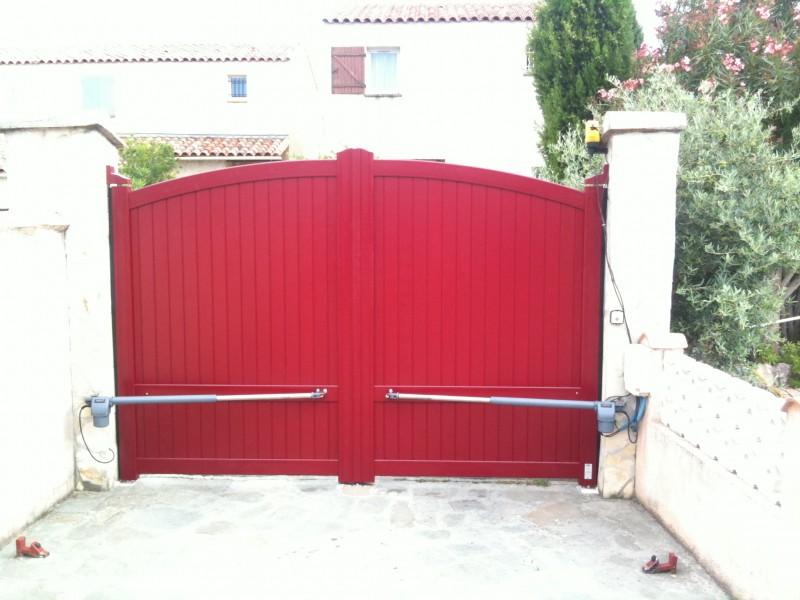 Portail sur mesure pas cher perfect portail alu for Top garage vitrolles